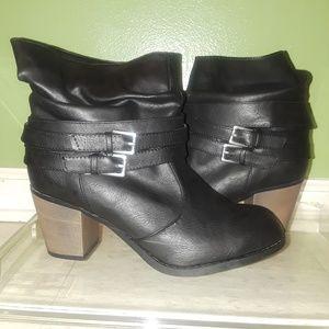 Black Diba London ankle boots